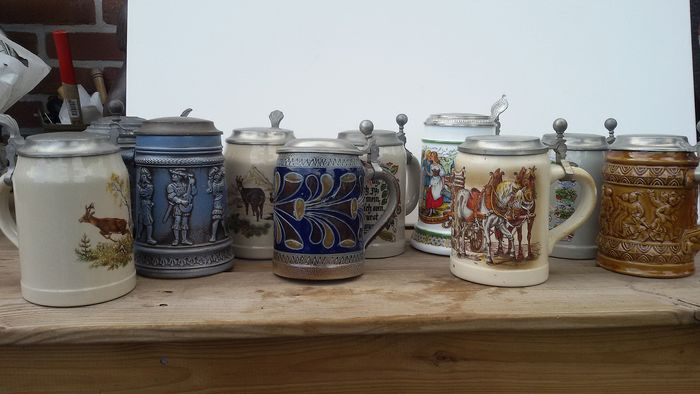 Pitchers with pewter lid (10) - Earthenware porcelain