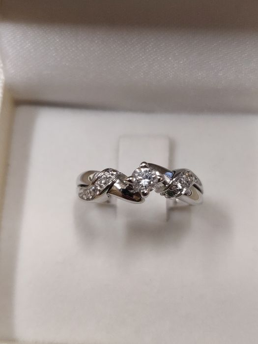 18 kt. White gold - Ring - 0.50 ct Diamond - Diamond