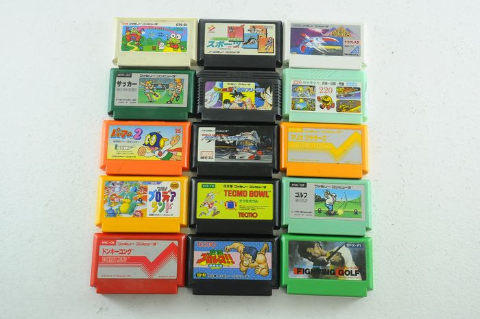 Nintendo Famicon (Jap Nes) - 15 japanese Famicom games o.a Fighting golf, Dragon Ballz & more (15)