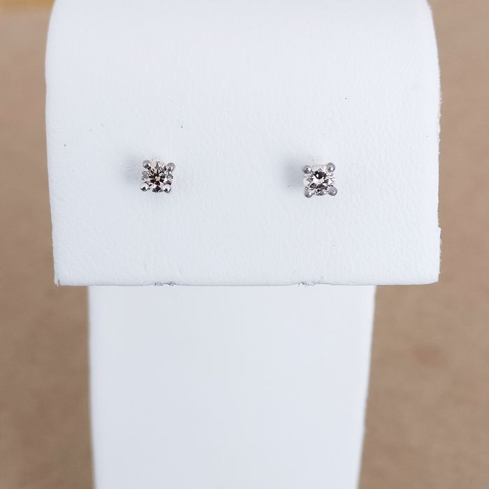 18 carats Or blanc - Boucles d'oreilles - 0.26 ct Diamant