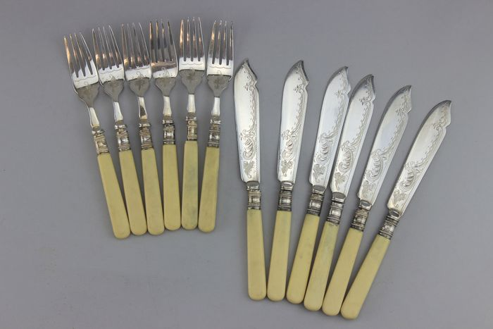 Harrison Fisher &Co  - Antique Fish cutlery set  - Silver plated
