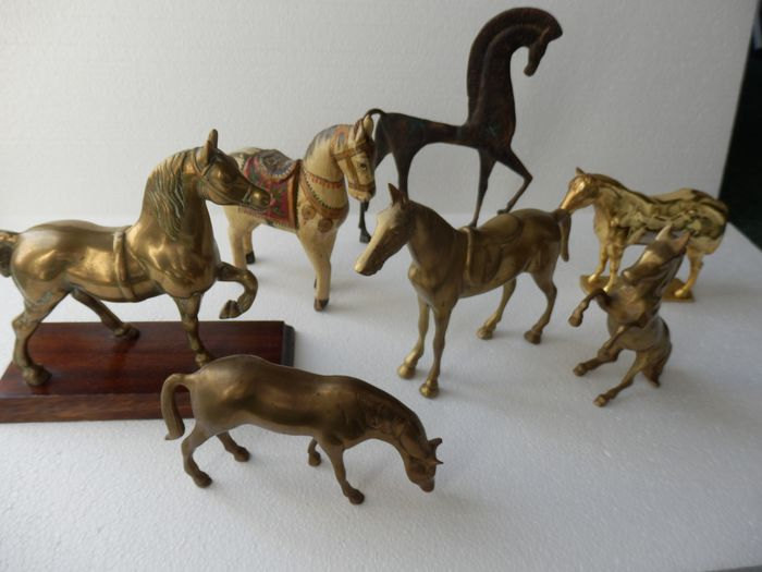 Collection of 7 horses - Diverse materials