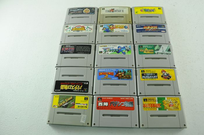 Nintendo Famicon (Jap Nes) - Famicom games inc. Dragon Quest , donkey kong & more e.a (15) - Without original box