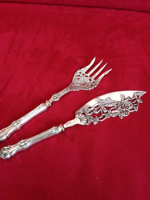Fish serving set (2) - Silverplate