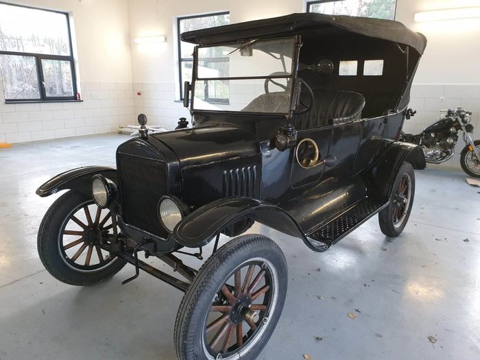 Ford - Model T - 1922