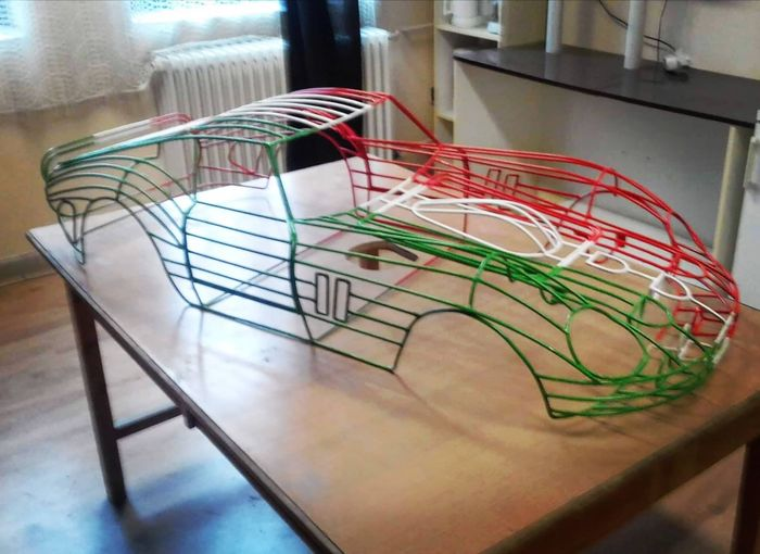 legendary racing car monument - Ferrari 250 GTO 1/3 scale wireframe - Ferrari - 1990-2000