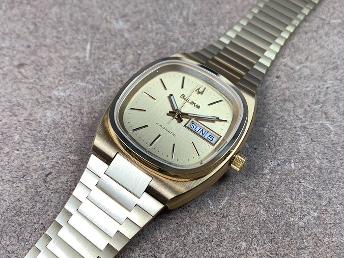 """Bulova - Day Date - """"NO RESERVE PRICE""""  - 4430301 - Homme - 1970-1979"""