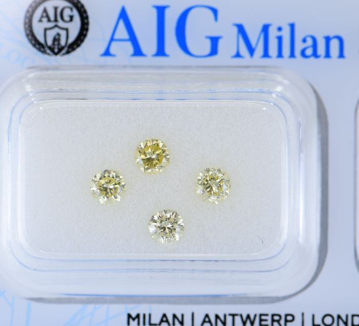 4 pcs Diamant - 0.79 ct - Rund - Natural Fancy Mix Yellow  - SI2, No Reserve Price!