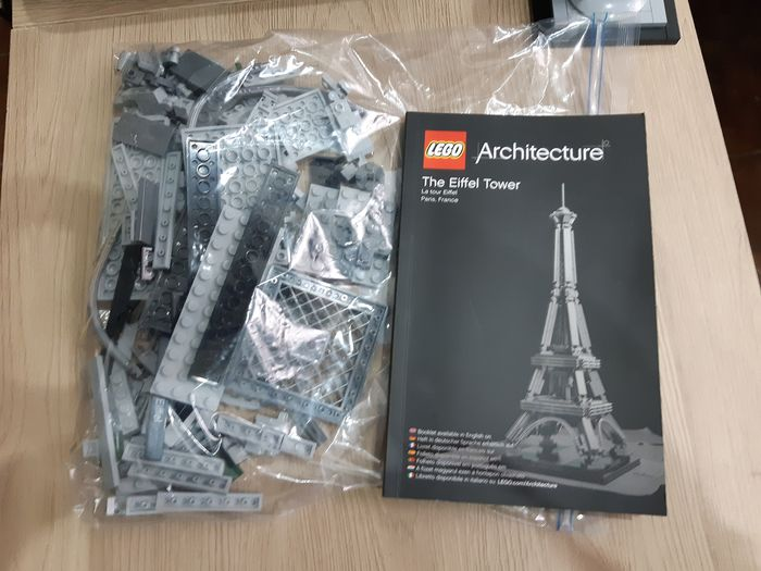 LEGO - Architecture - 21019 - MONUMENT THE EIFFEL TOWER