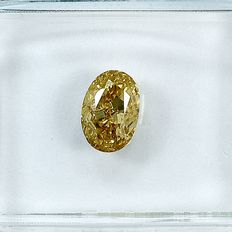 Diamante - 0.70 ct - Oval - Natural Fancy Light Orange - Yellow - VS1 - NO RESERVE PRICE