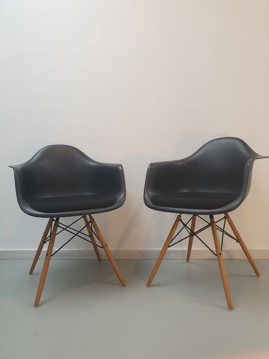 Charles Eames, Ray Eames - Vitra - Fauteuil (2) - DAW