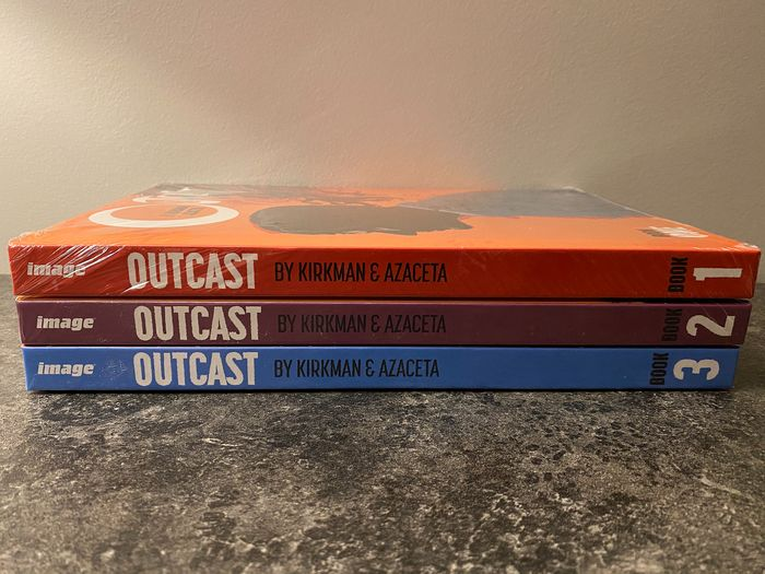 Outcast Book One, Two and Three - Complete Set - Brand new and sealed - Hardcover - Eerste druk - (2016/2019)