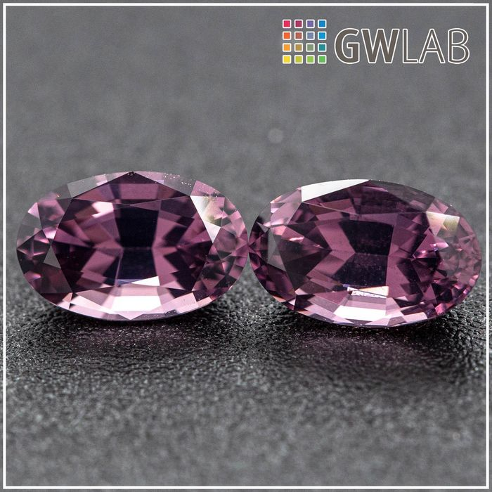 2 pcs Paars Spinel - 2.36 ct