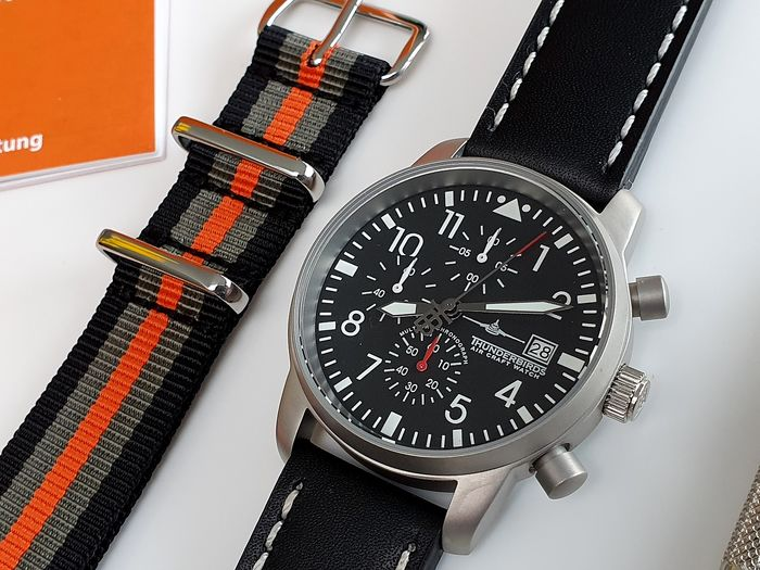 Thunderbirds - Pilot army watch Chronograph Classic + Free omega style strap - Heren - 2020