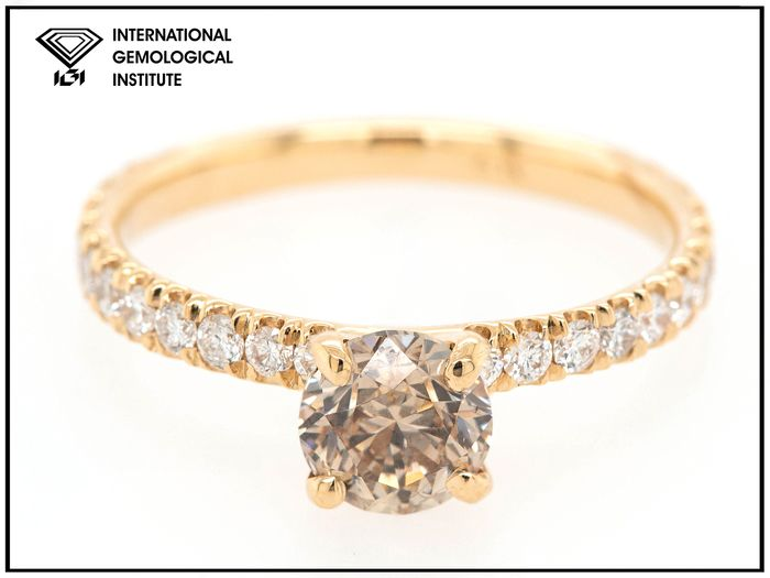 14 kt Gelbgold - Ring - 1.10 ct Diamant - Fancy Light Yellowish Brown - SI2 - Kein Reservepreis