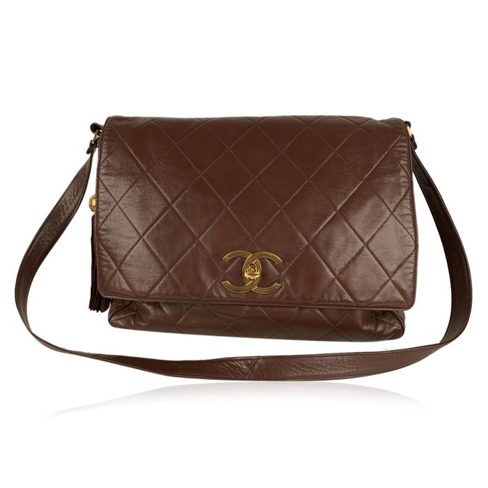 Chanel - Vintage Brown Quilted Leather Jumbo Messenger Bag Crossbody Tasche