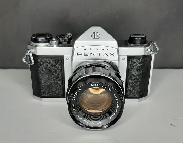 Asahi, Pentax S2  + Super-Takumar F1:2/55mm + Original Box and leather case 1959