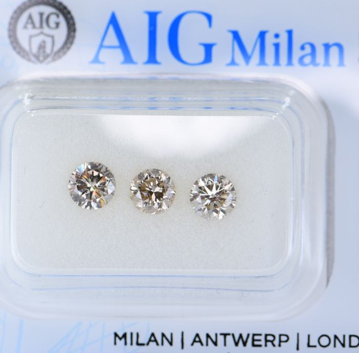 3 pcs Diamante - 1.02 ct - Redondo - Natural Fancy Light Pinkish Brown - SI2, VS2, No Reserve Price!