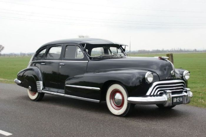 Oldsmobile - Dynamic 78 - 1948