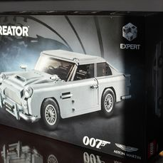 LEGO - Creator Expert - James Bond Aston Martin