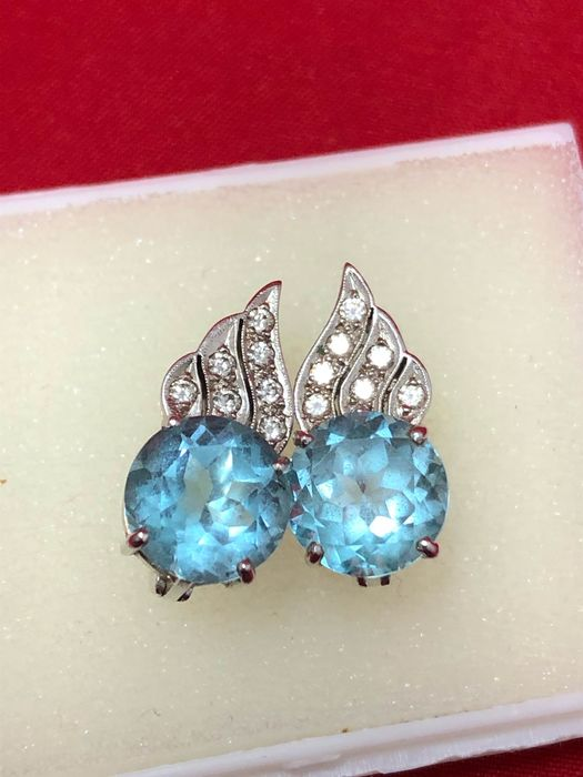 18 carats Or blanc - Boucles d'oreilles - 10.00 ct Topaze - Diamants