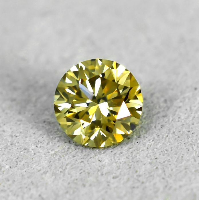 Diamante - 0.38 ct - Brilhante - Fancy light yellowish Brown - VS1 - NO RESERVE PRICE
