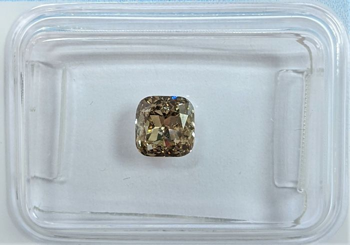 Diamante - 0.80 ct - Almofada - Fancy Greyish Brown - I1, IGI Antwerp - No Reserve Price