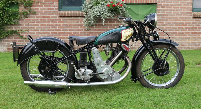 Panther - Model 90 Redwing OHV - 500 cc - 1934