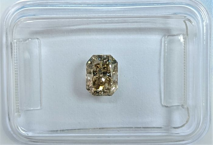 Diamante - 0.91 ct - Radiante - Fancy Light Greyish Brown - I1, IGI Antwerp - No Reserve Price