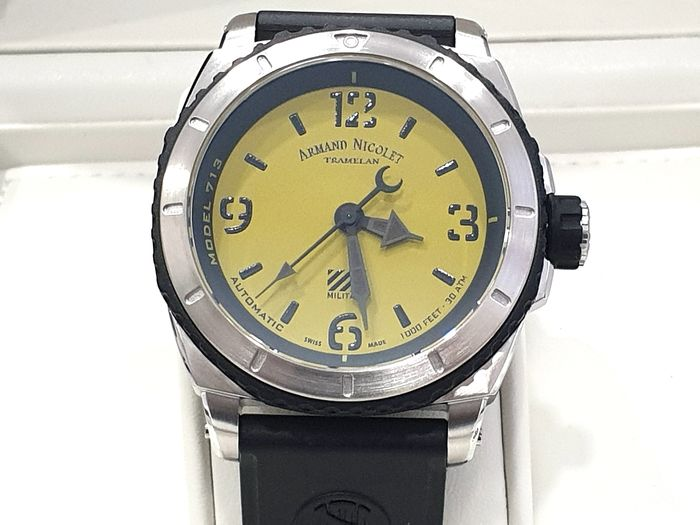 Armand Nicolet - S05-3 Military - Green Dial - Black Rubber Strap - A713PGN-VN-G9610 Automatic Swiss Made - Sub 30 ATM - Herren - New