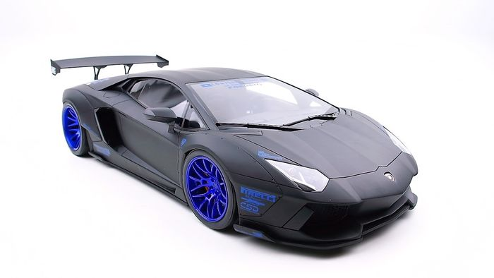 Preview of the first image of GT Spirit - 1:12 - Lamborghini Aventador Liberty Walk Black 2018.