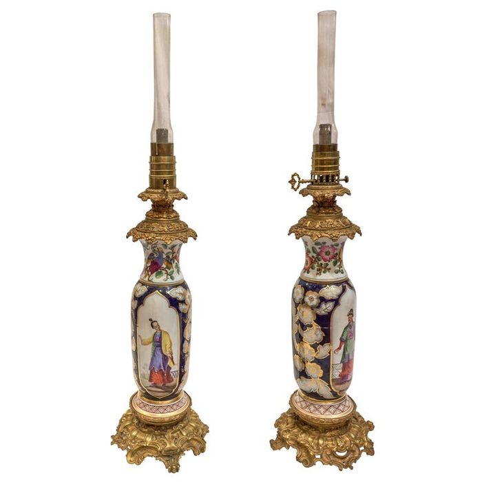 Possibly Samson - Cobalt Blue Chinoiserie Vases Made into Oil Lamps (2) - Napoleon III - Bronze, Ormolu, Porcelain - Mid 19th century