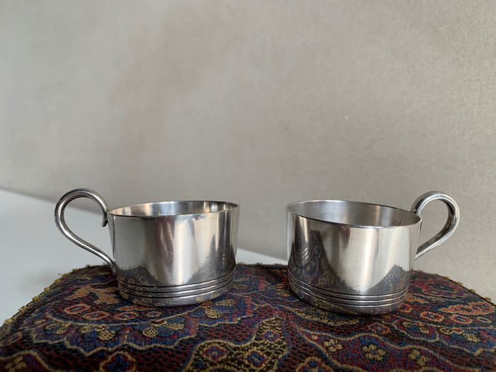 Christofle, Paris - Couple cups numbered collection, no reserve price. (2) - Silverplate
