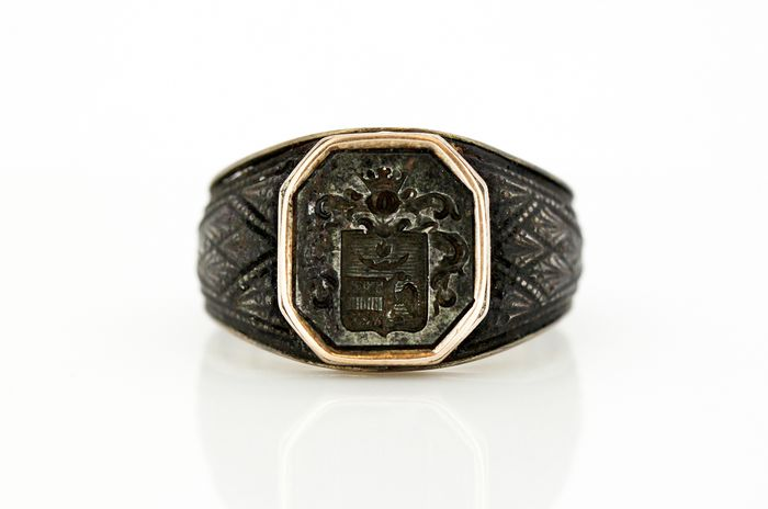 Antique Berlin Iron Signet Ring - 10k Geel goud, Ijzer - Ring
