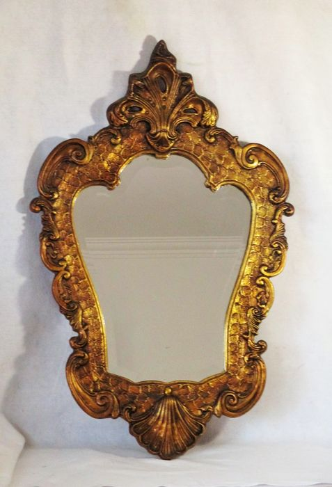 Large gilded wooden crested beveled mirror - Gilt, Wood