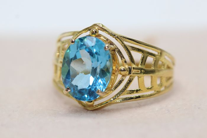 18 kt. Yellow gold - Ring - 2.50 ct Topaz