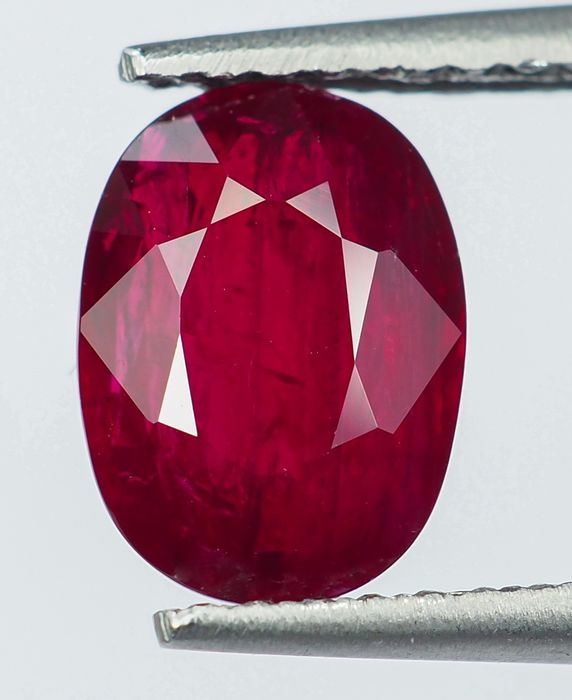 """""""Pigeon Blood"""" Red Ruby - 1.64 ct"""