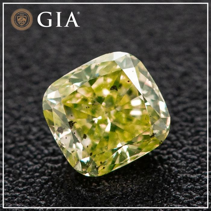 Diamant - 0.24 ct - Kissen - fancy intens green yellow - I1