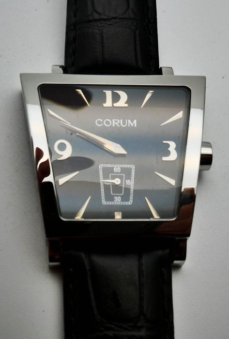 "Corum - Trapeze 106.404.20 2011-heden - 'NO RESERVE PRICE""  - Men - 2011-present"