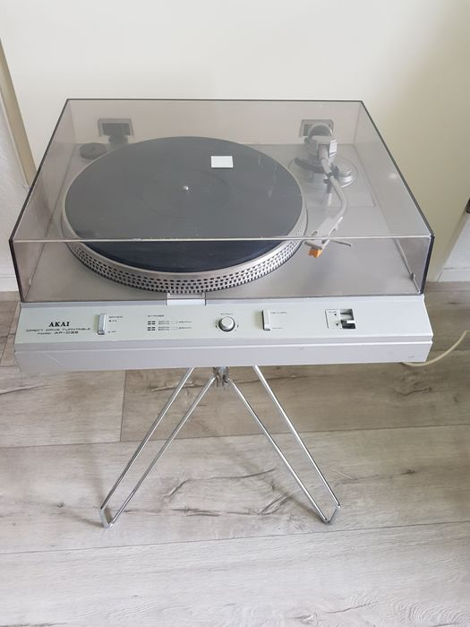 Akai - AP-D33 - Direct Drive - Turntable