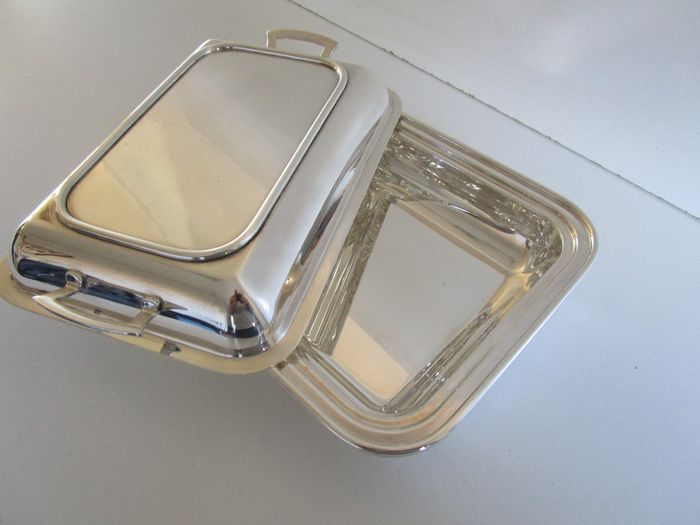 Albany Plate - Silver Plated Lidded Entree Dish - ca 1920 - Silverplate
