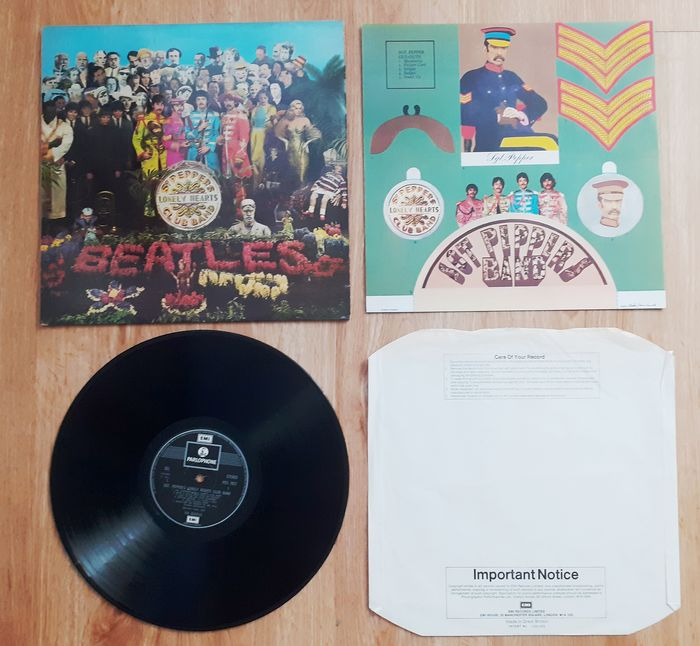Beatles - Sgt. Pepper's Lonely Heart's Club Band - UK press - LP Album - 1973/1973