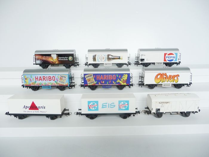 Märklin H0 - Freight carriage - 9 x closed advertising wagons and beer (cool) wagons - DB