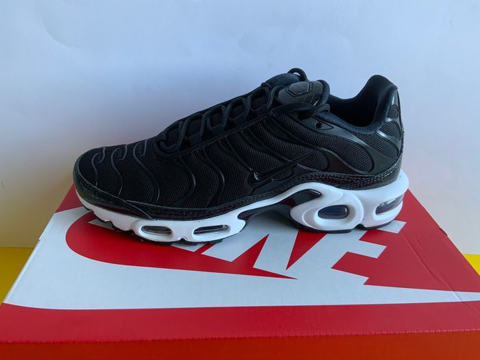Nike - Nike Air Max Plus Black Dark Grey Sneakers - Size: 38