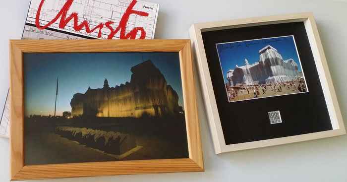 Christo and Jeanne Claude - Reichstag & Urbane Projekte + Wrapped Reichstag Art Card handsigned + large photograph - 1993