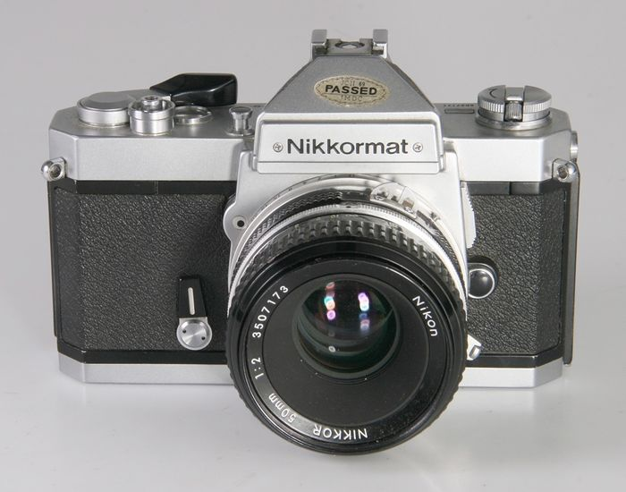 Nikon - Nikkormat FT3 + Nikkor 50 mm