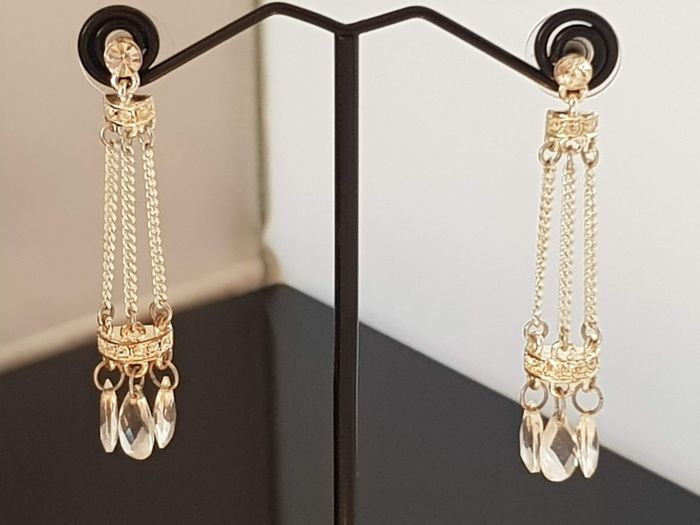 Givenchy vintage long silver plated dangling  crystal Pendientes