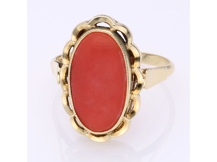 14 kt Gold - Ring - 1.60 ct rote Koralle