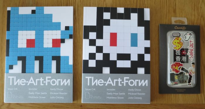 """Invader - The Art Form Issue 04 [Invader Cover 1 et 2] &""""Invaded Phone""""  - 2015/2020"""