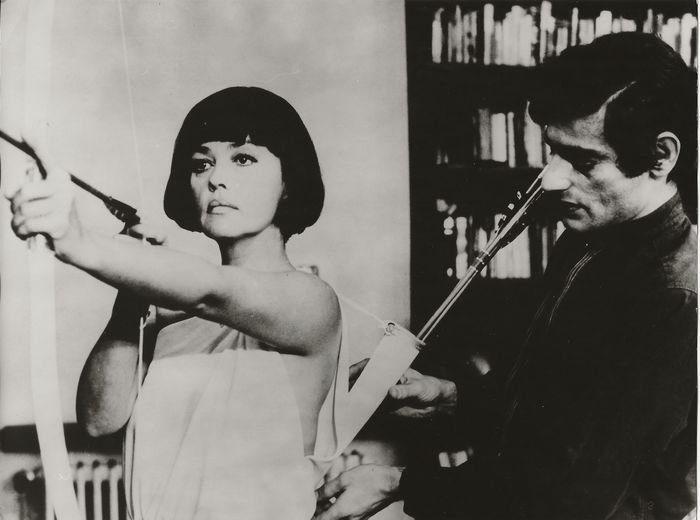 "Unknown / ARD-Filmredaktion - (2x) Jeanne Moreau in ""La mariée était en noir"" (1968), Film Stills"